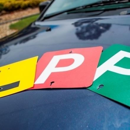 Picture of L and P Plates on a car